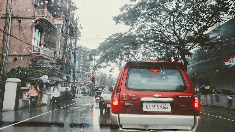 Traffic jams on the roads increase during rains @Kochi