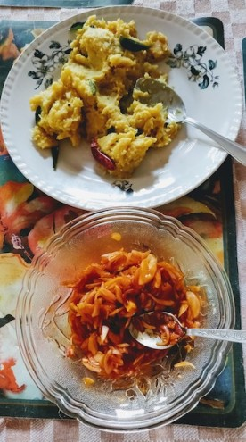 Raw Jackfruit (chakka) vevichathu and shallot chutney