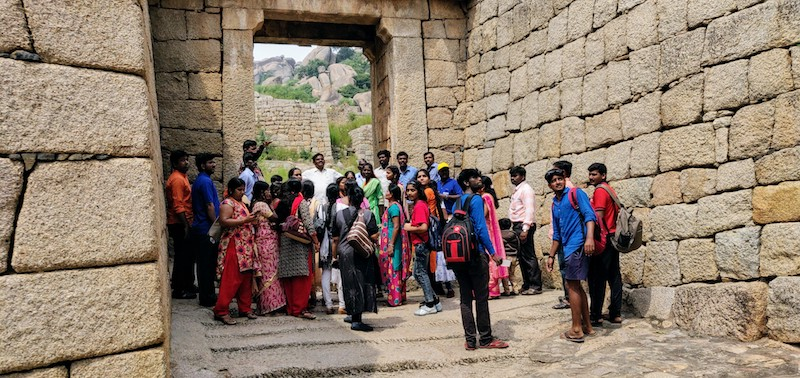 A guided tour of the fort