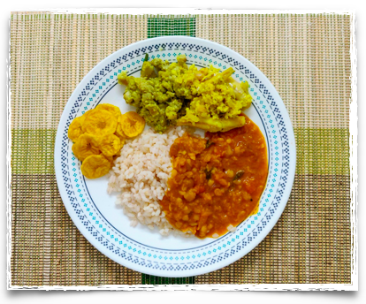 Easy Indian Meal - Set #2 includes Rice, Sambar, Meen Peera, Plantain thoran and Banana chips