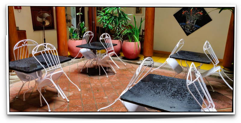 Wet tables in the open courtyard at Maison Perumal, Pondicherry