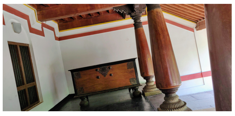 The writing desk of the house accountant in the Chettinad house
