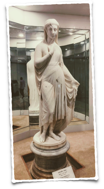 Veiled Rebecca at the Salar Jung museum in Hyderabad