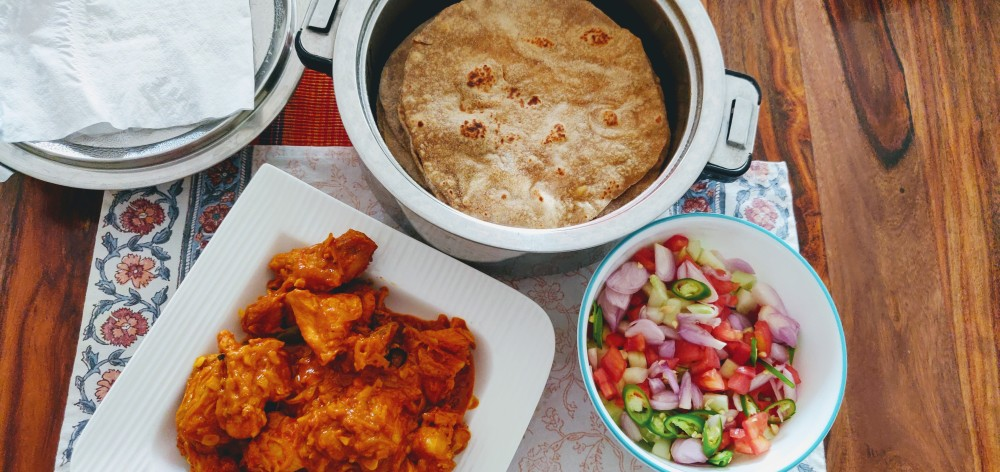 Merry meal - Chapati with millet mix, chicken and salad